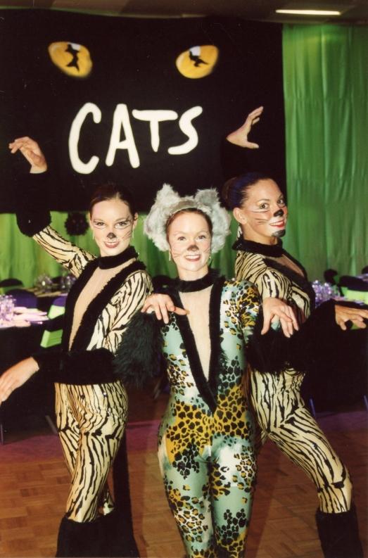 cats-at-aicum-02.jpg